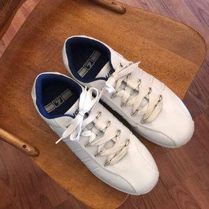 Lugz 1402 white shoes